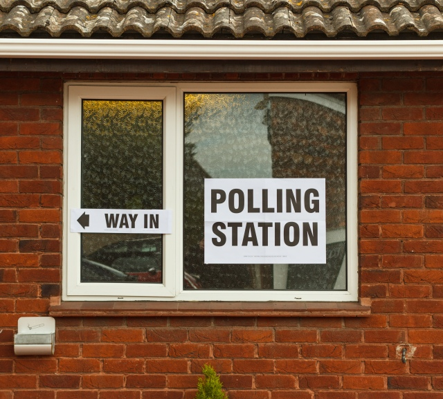 Polling_Station,_Minster-in-Thanet,_Kent,_England,_2015-05-07-5156.jpg